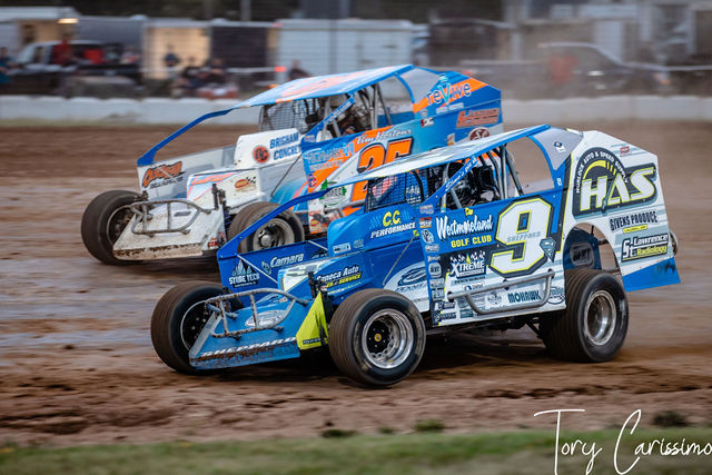 Land of Legends Modified Sportsman Cars in Canandaigua